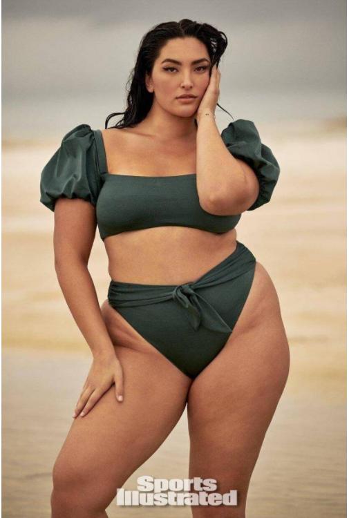 大胸亚裔美女模特